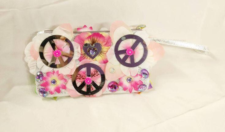 Flower, Love & Peace Handbag • EDM • Costume • Outfit • Rave • Purse • Kids • Festival • Bag • https://www.etsy.com/listing/583111796/flower-love-peace-handbag-edm-costume?utm_campaign=crowdfire&utm_content=crowdfire&utm_medium=social&utm_source=pinterest