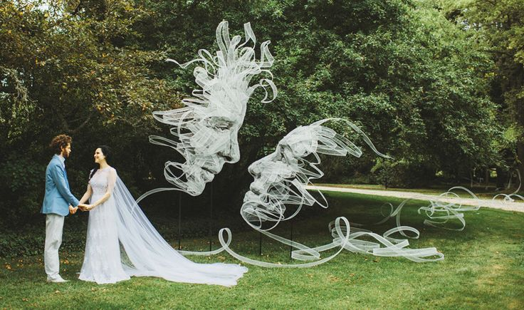 benjamin shine sculpts entwined ribbon portraits for his own wedding