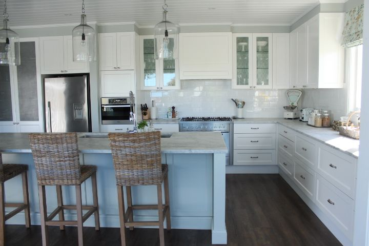Marble Kitchen, White kitchen, Blue and White, Hamptons, American Style - our home - GEORGICA POND INTERIORS