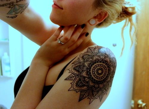 Perfect mandala tattoo. I want one in the same place