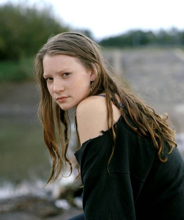 wallpaper mia wasikowska acting - photo #13