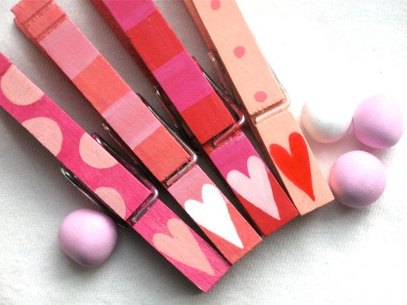 HEARTS hand painted magnetic clothespins by SugarAndPaint on Etsy, $10.00