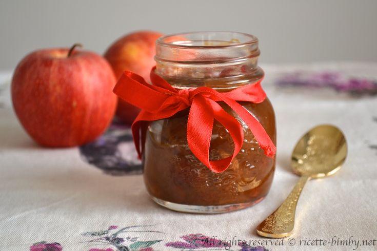 Il chutney di mele e zenzero è una salsa vegetale tipica della cucina indiana, è perfetto per condire formaggi stagionati o arrosti. Leggi la ricetta bimby.