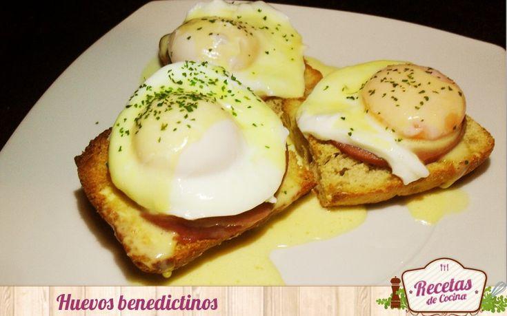 Huevos benedictinos - Los huevos benedictinos o benedict es un plato muy tradicional de la gastronomía española. Resulta ser una exquisita tapa o tosta acompañada con un poco de jamón cocido o bacon y un huevo escalfado napados con la típica y popular salsa holandesa. Es una receta muy sencilla y rápida de hacer para... - http://www.lasrecetascocina.com/2014/07/29/huevos-benedictinos/