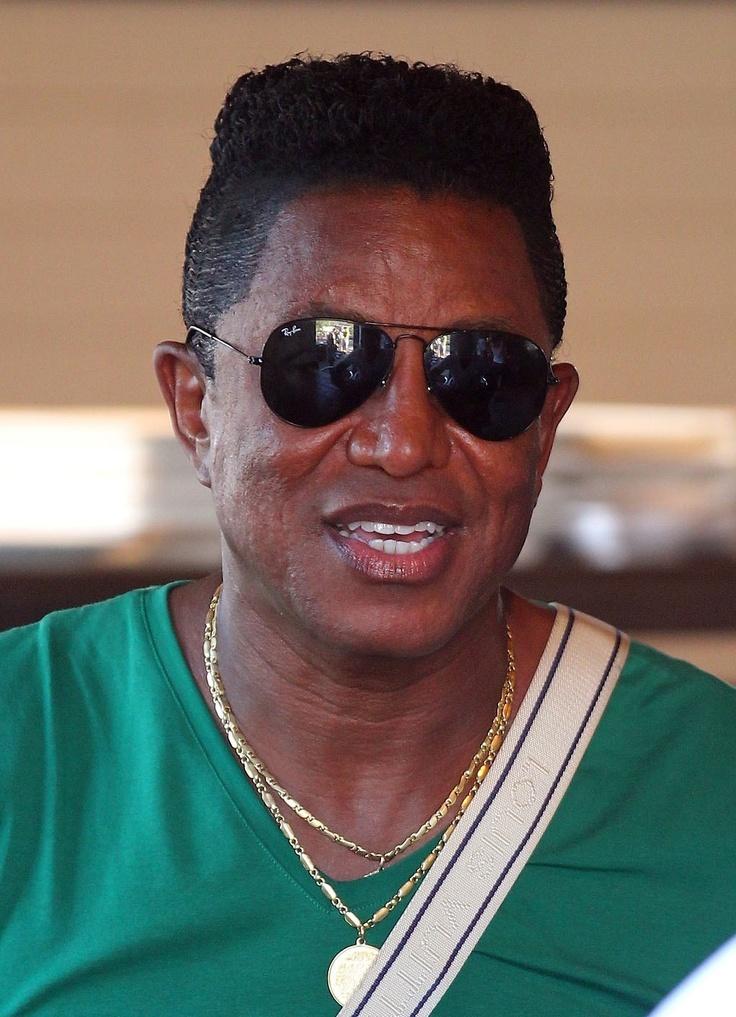 Jermaine Jackson Changing Last Name to Jacksun