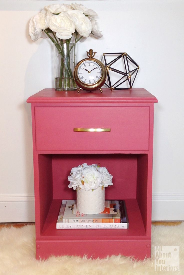 Refreshed nightstand using the colour Blushing Bombshell ...one of the 6 new fun colours from the Amanda Forrest Collection and The FAT Paint Company. #AFxFAT
