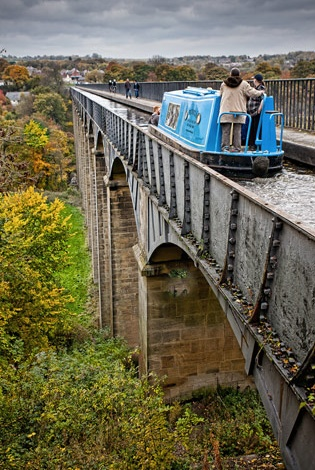 A boat traveling over the aqueduct in Llangollen, UK << repinned by BoatsforsaleUK, follow us on Twitter @Cindy Burks for Sale UK for news & updates