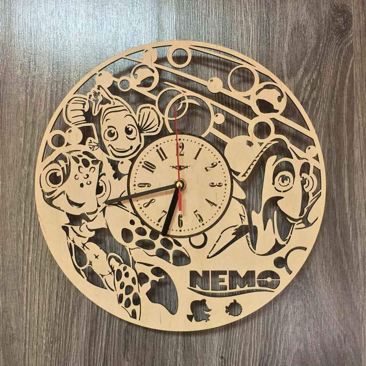 Finding Nemo Dory Wall Wood Clock3199 Size
