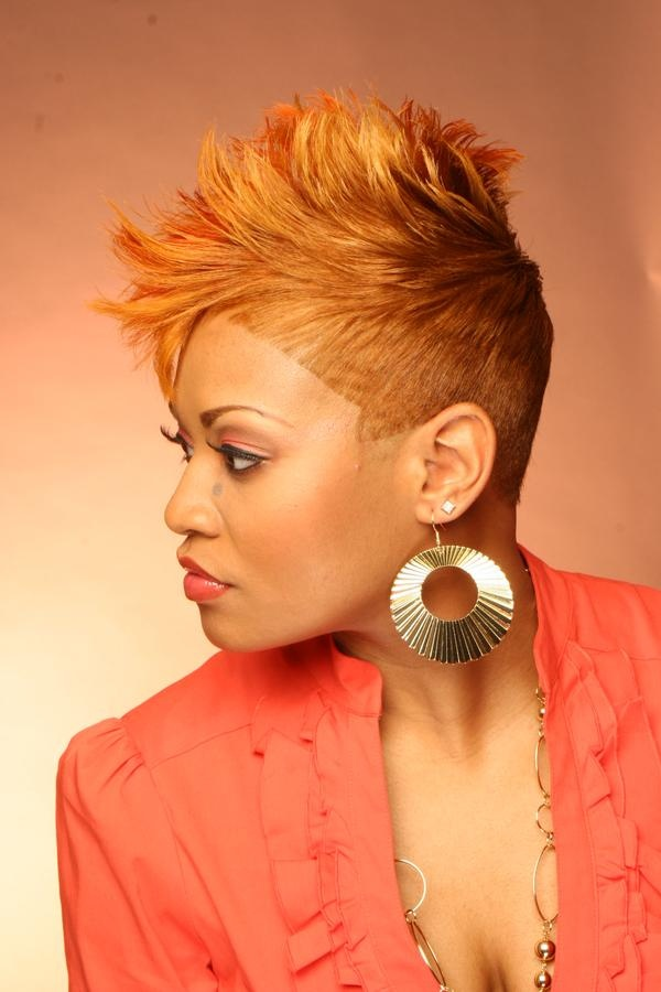 Leslie, Black Sophisticates Hair Magazine.  Photo by Leslie Gibson