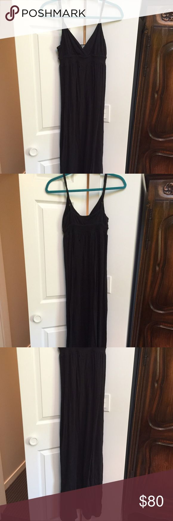 James Perse Black Cami Maxi Dress Versatile long black James Perse maxi dress with soft fabric and v neckline with adjustable self fabric straps James Perse Dresses Maxi
