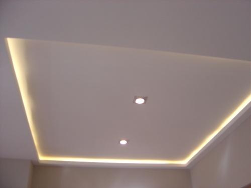 Foseado en falso techo con iluminaci n perimetral reforma for Techos de recamaras