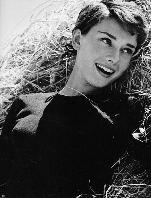 Audrey Hepburn #AudreyHepburn