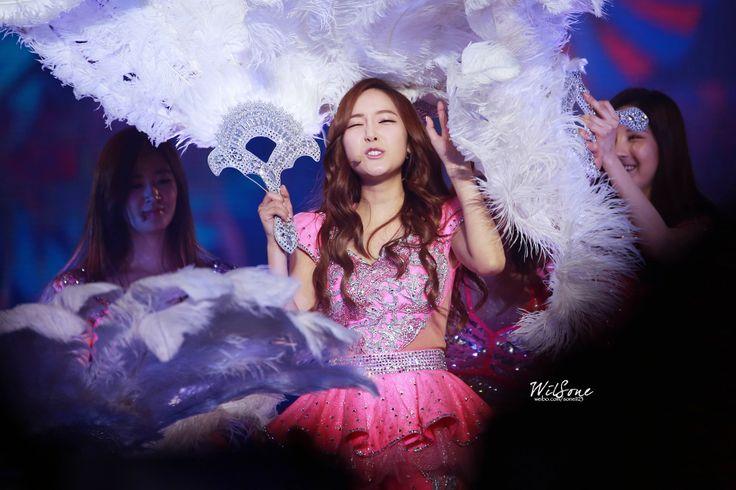 SNSD Jessica Macau Girls Generation 140215