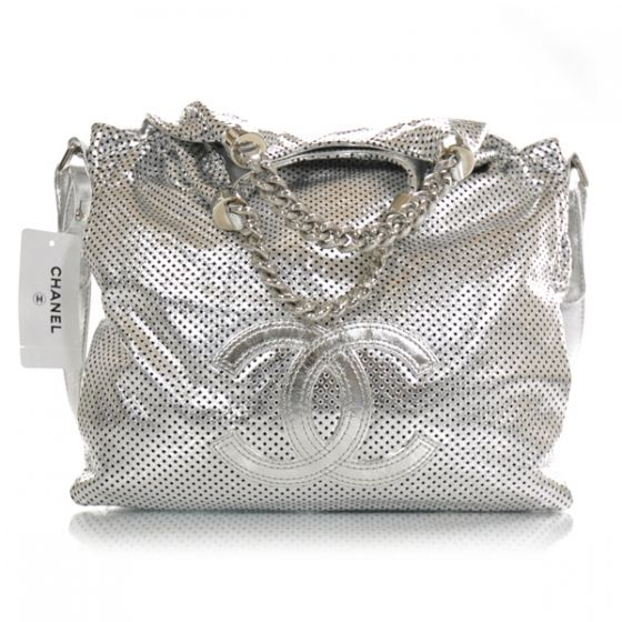 CHANEL Perforated Leather Rodeo Drive Large Silver.