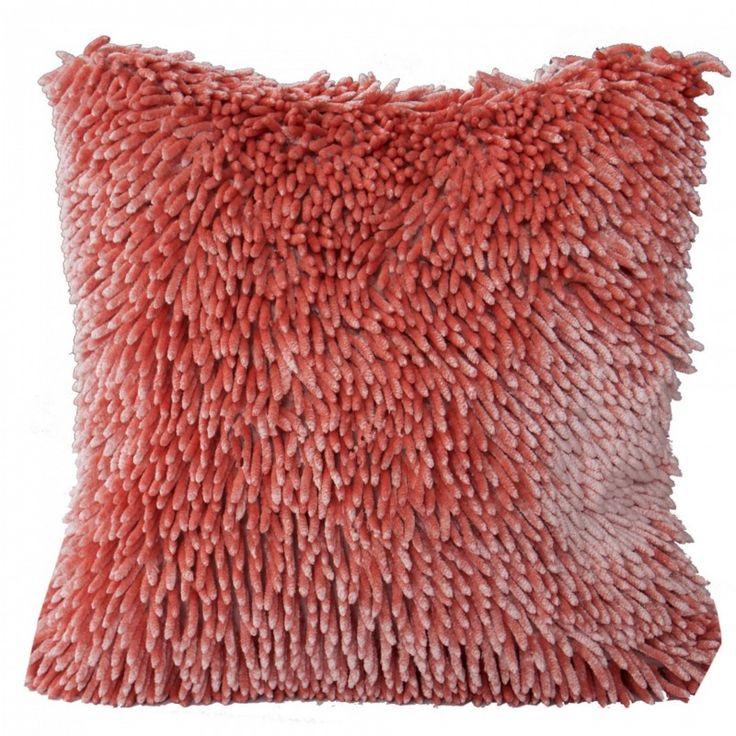 Dekoračný vankúš 40x40 cm Shaggy 1 (tmavo ružový)