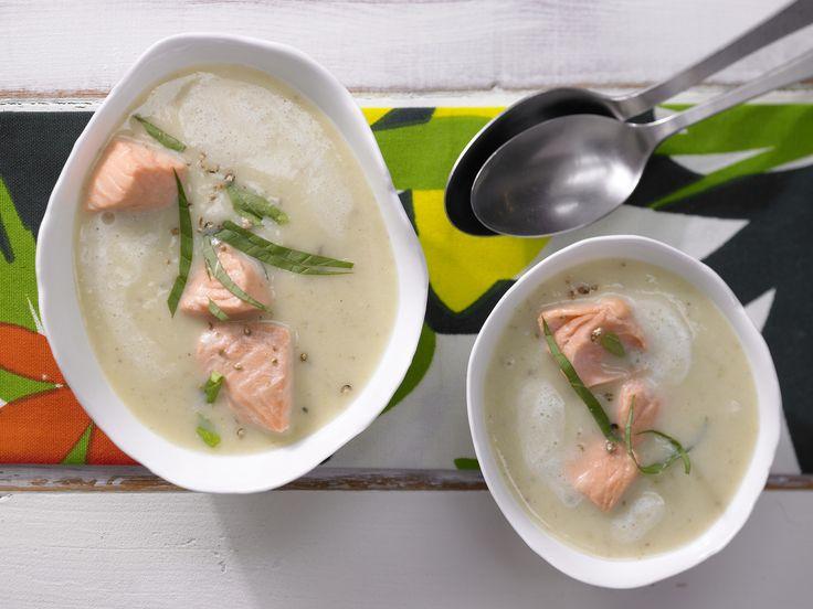 Kartoffelsuppe mit Lachs - 1 Erw. und 1 Kind (1–6 Jahre) - smarter - Kalorien: 538 Kcal - Zeit: 35 Min. | eatsmarter.de
