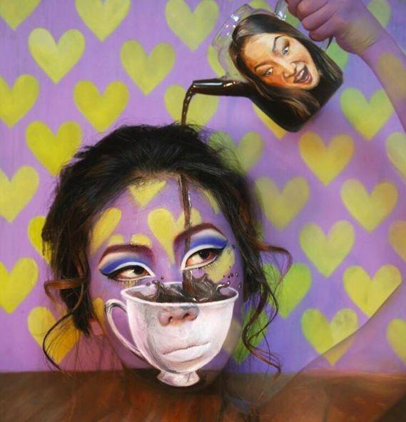 Cette étudiante aux Beaux-Arts réussit à faire des maquillages en illusions d'optique complètement dingues !