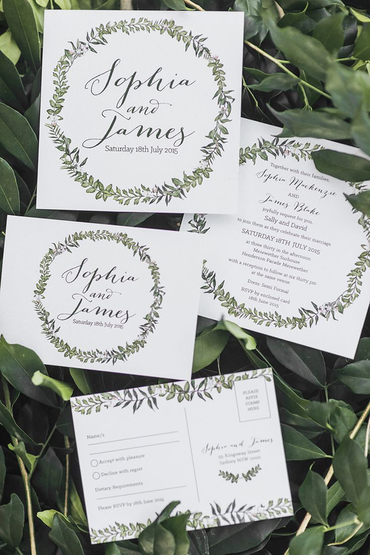 Elegant illustrated green and white wreath wedding invitation | Kaitlin Maree Photography | See more: http://theweddingplaybook.com/romantic-rustic-wedding-inspiration/