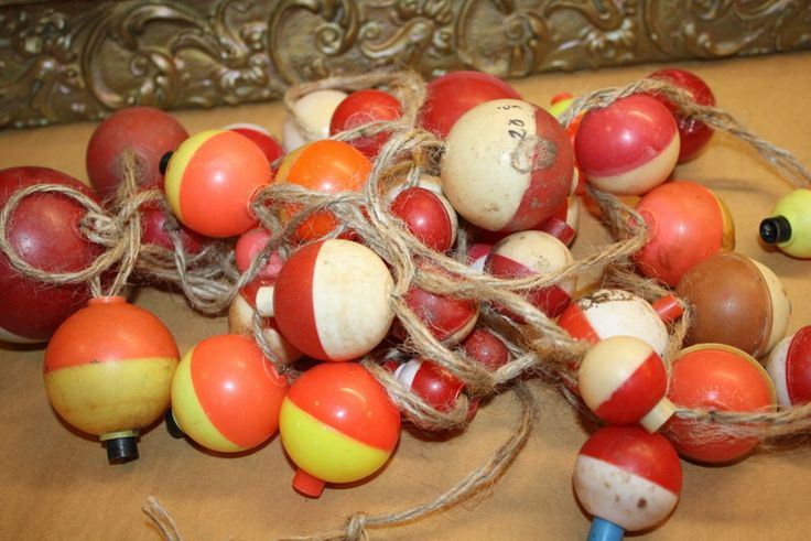 Vintage Fishing Garland - Bobbers - Country Living Decor - Lodge Decor by CrownWillow on Etsy https://www.etsy.com/listing/183705026/vintage-fishing-garland-bobbers-country