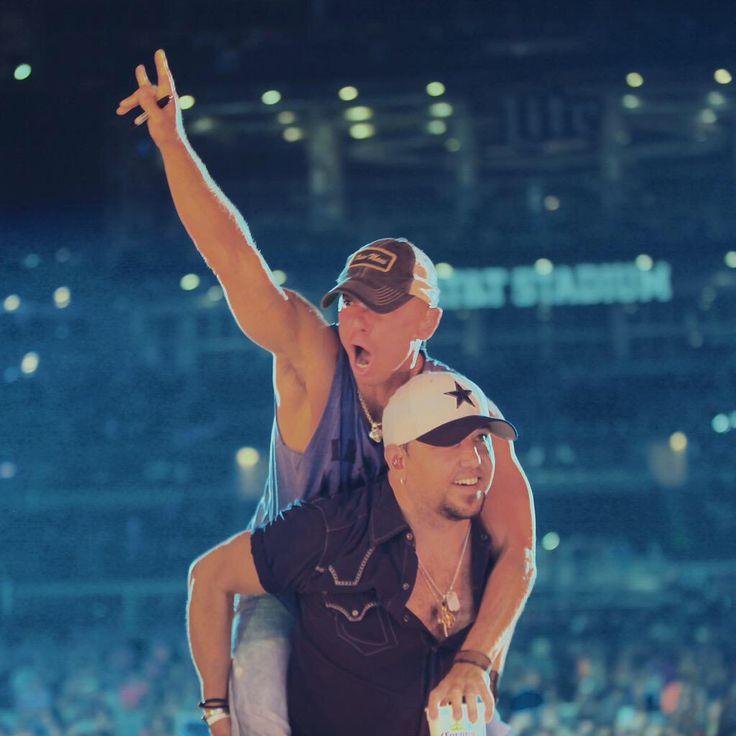 Kenny Chesney & Jason Aldean. May 16, 2015. AT&T Stadium.