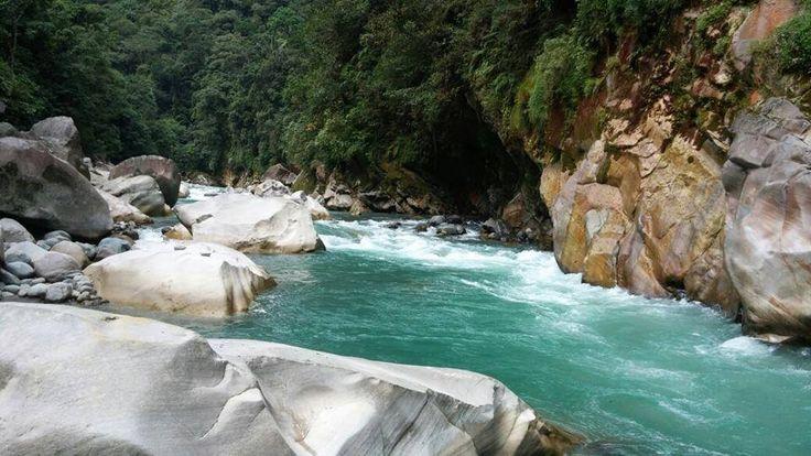 Colombia, Puerto Angosturas en Cubarral