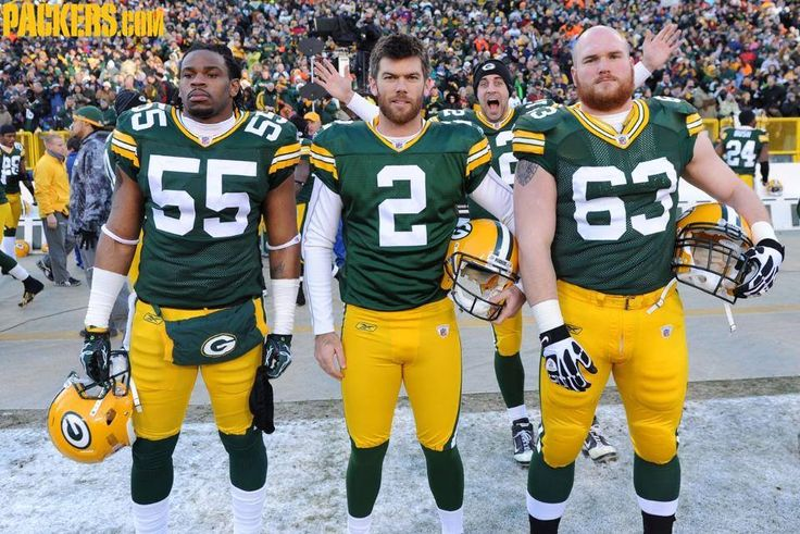 Aaron Rodgers is the master photobomber