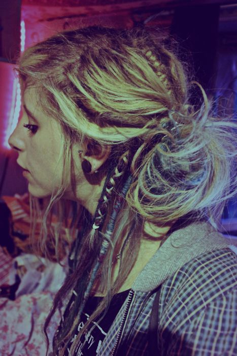 Thinking about doing a few dreads, just two or three, and wrapping them sort of like this.