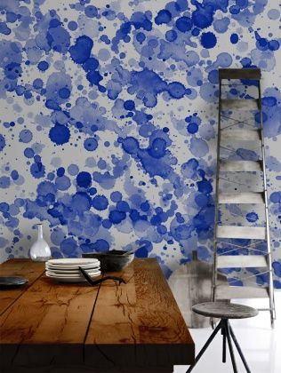 Blue Drops Wallpaper/Rustic Table