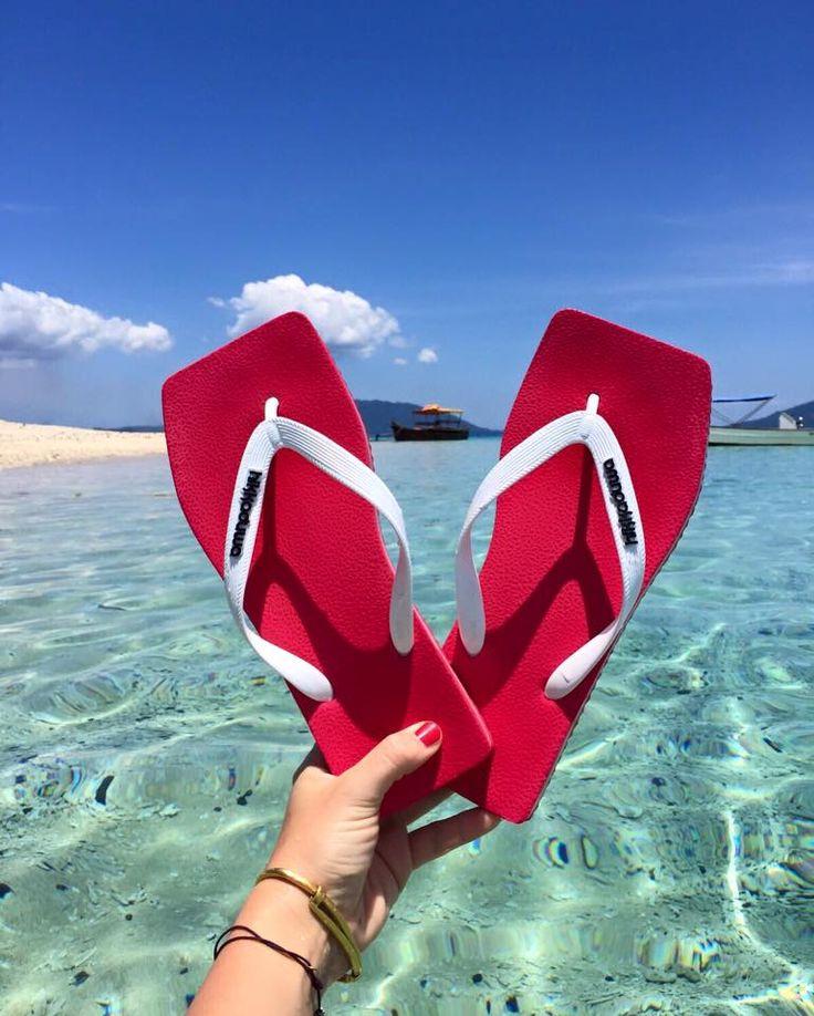 hikkaduwa flipflops #hikkaduwa #flipflops #infradito  #madagascar #free #sea #travel