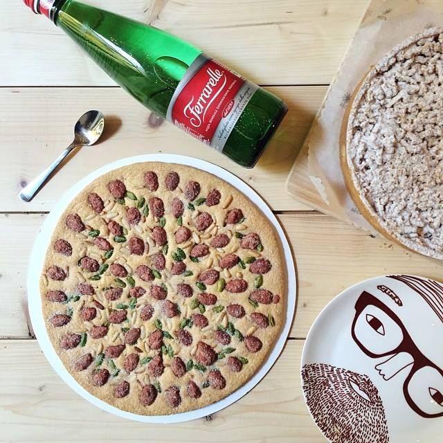 PhotoCredits by @Gnam Box  Happy #sweet break with Sbrisolona di frolla, con pinoli, mandole e pistacchi di bronte. https://fbcdn-sphotos-a-a.akamaihd.net/hphotos-ak-frc3/t1.0-9/10250120_690178517704962_5743560499071291913_n.jpg
