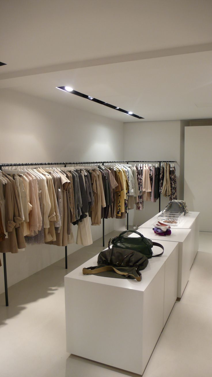 Modular and hanging presentation in multibrand store Simeone in Crema, Italy, with interior design by PHILIPP MAINZER (2009). Photo: Alessio Bolzoni. #fashion