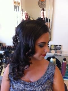 Gorgeous waves pinned up half way x