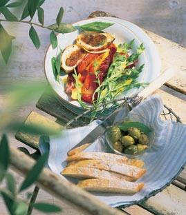 Nektarinen-Salat mit Hähnchenbrust