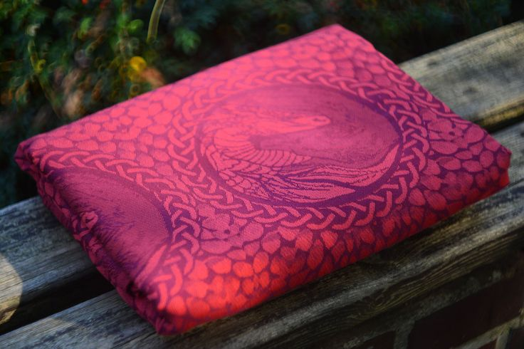 FUSION CORAL OF VINE 100% combd cotton babywrap #babywearing #babywrap #babylove #wolf #dragon #coral #vine #fusion