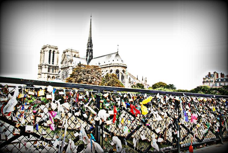 ...Lucchetti dell'Amore anche a Notre Dame! | Flickr - Photo Sharing!