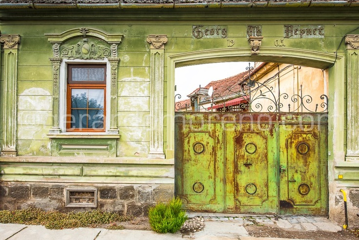 Urban Photography - The colorful and old streets of Braşov, România (doors & windows porn urban decay)  See more at www.facebook.com/octolite