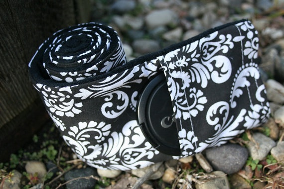 Camera Strap Cover with Lens Cap Pocket  Black by PaisleyMaizie, $18.50
