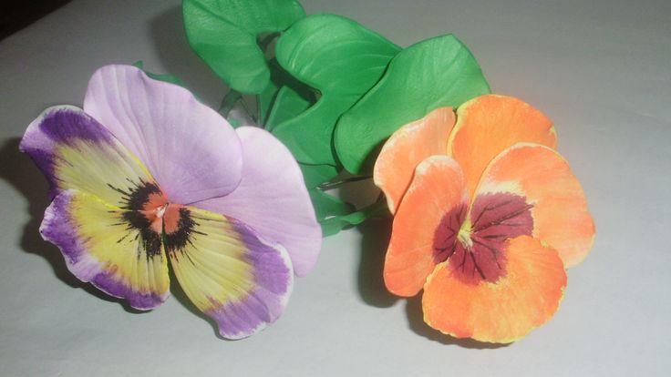 Pensamientos en goma eva sin moldes | Flores Goma Eva | Pinterest