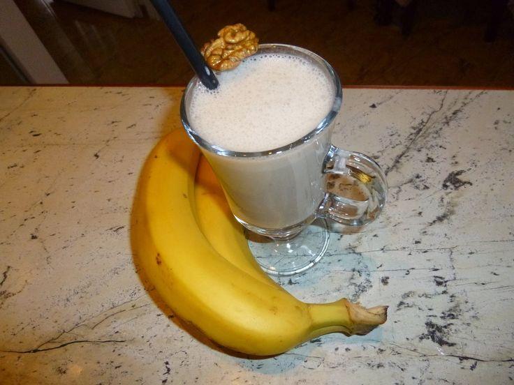 Nyers vagyok :): 28. nap - Diótejes banánturmix