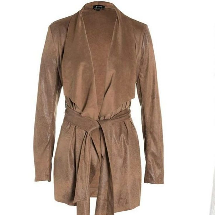 #TheEdit  The gorgeous #MarlowWaterfall #Jacket from #Bardot #Australia - a must have edition to your winter wardrobe   #winterclothing #westfield #sydney #australia #stylist #coats #jackets #neutral by sydneymediablogger http://www.australiaunwrapped.com/ #AustraliaUnwrapped