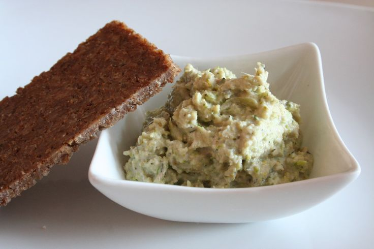 Pomazánka z brokolice a tuňáka