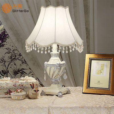 Oltre 25 fantastiche idee su lampade da tavolo vintage su - Lampade da lettura a letto ...