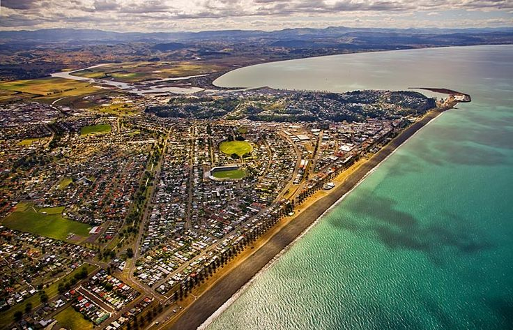 Napier, seen here looking north,  see more at New Zealand Journeys app for iPad www.gopix.co.nz