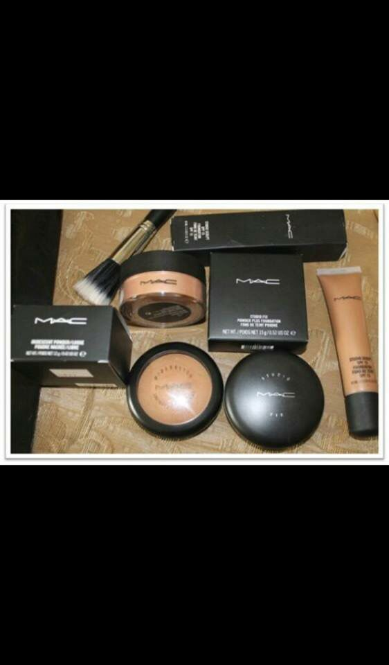 """Obsessed with makeup """"MAC"""" ☺️ #FabulosoOo"""