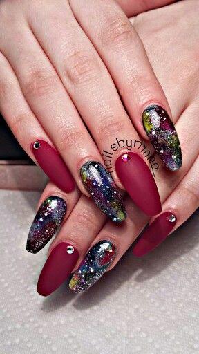 Coffin Nails stiletto nails instagram nailsbymona_