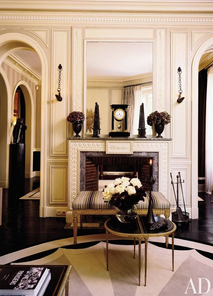 In a paris apartment designed by jean louis deniot the for Living room 8 place jean rey