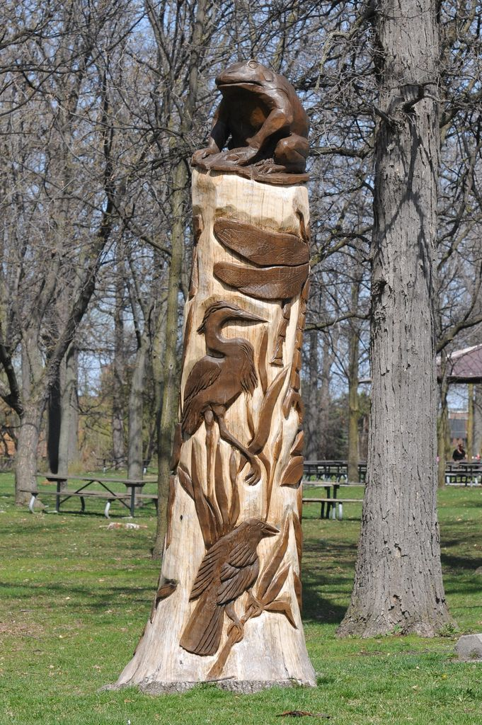 Best stump carvings images on pinterest carved wood