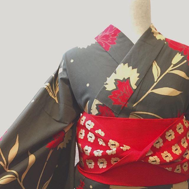 本日の浴衣コーデ♡ ・ 個人的に好きな浴衣です ・ とても人気の浴衣です(^^) ・ #浴衣#浴衣コーデ#浴衣レンタル#着物好き #着物レンタル #着物好き #オシャレ着物 #奈良旅 #趣着物 #オシャレ着物 #オシャレ着物女子 #enishiya#縁心屋 #kimono #japan #japanlove #japanfashion #japantrip #nara ・ ・ #奈良#奈良さんぽ #奈良散策#きものコーデ #着物コーデ #着物女子#着物でお出かけ #kimonostyle #kimonolove#着物文化#和服#可愛い