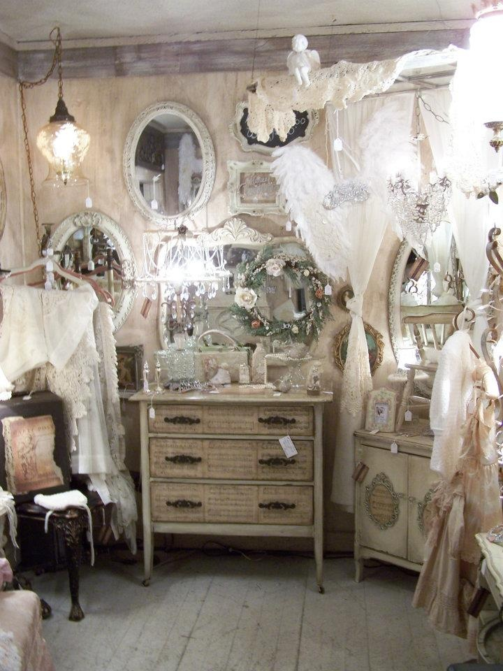booth...: Decor, Booths Display, Altered Furniture, Fleas Marketing Booths, Antiques Booths, Chic Fleas, Display Ideas, Dreams Booths, Shabby Chic Mirror