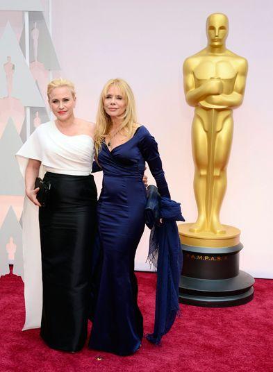 Patricia Arquette (L) and Rosanna Arquette (R) arrive